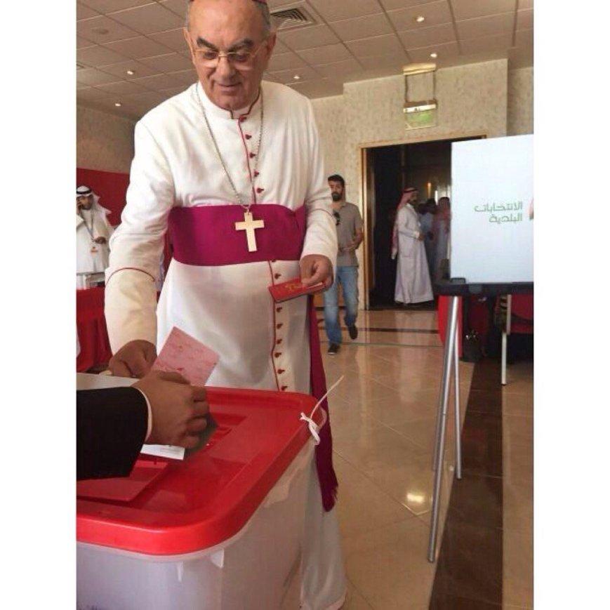 Papal Envoy Voting